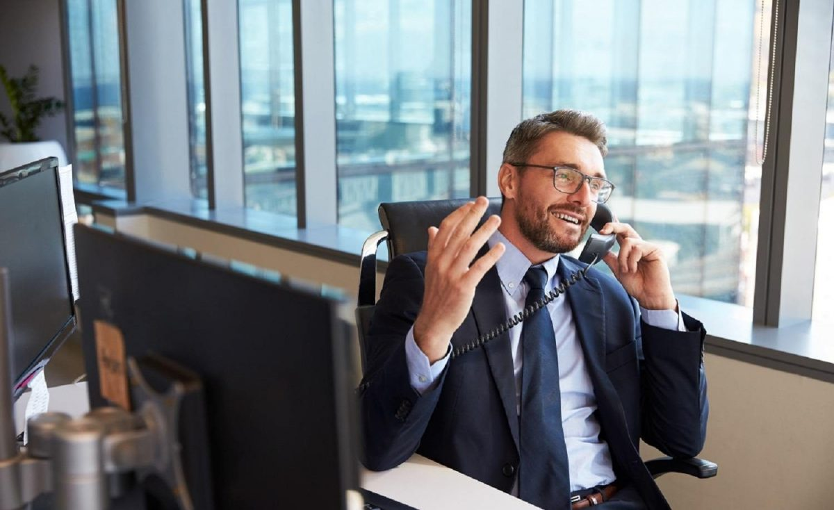 Tampa Bay executive benefiting from reliable business phone service.